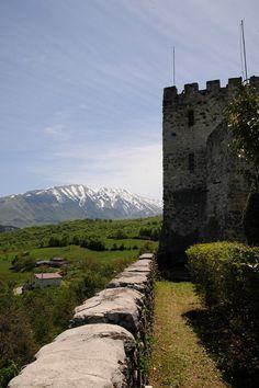 Castello di Salle (Salle Castle), Abruzzo, Italy... | The Italian Landscapes - Paesaggi italiani