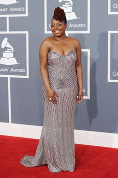 Ledsi at the 2012 Grammys....she and her Locs looked awesome!