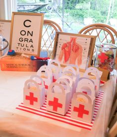 #PartyPlanning inspiration for a Nurse/Medical-Themed Party. Medical Party, Nurse Grad Parties, Nursing School Graduation, Medical School, School Parties, Nursing Party, Doctor Party, Nursing Pins, Nurse Gifts