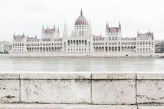The Hungarian Parliament Building in Budapest - from travel blog: http://epepa.stfi.re