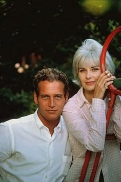 Paul Newman and Joanne Woodward in their backyard, 1958.