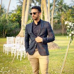28 Year-Old Becomes Richest Man In India Making Money Online Earn More Money, Make Money Online, How To Make Money, 28 Years Old, Year Old, Genius Movie, Free Hd Movies Online, Starting Over Again, Get A Loan