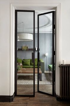 Un canapé vert pour un appartement gris | PLANETE DECO a homes world | Bloglovin'