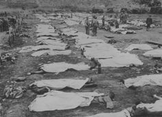 Bodies of American soldiers killed in the landing area 'Omaha' in Normandy.
