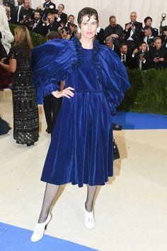 Stella Tennant in Comme des Garçons #MetGala2017