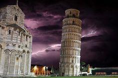 P H O T O | @siniandrea  L O C A T I O N |  La cosiddetta torre pendente di Pisa(chiamata semplicemente torre pendente o torre di Pisa a Pisa la Torre) è il campaniledella cattedrale di Santa Maria Assunta nella celeberrima piazza del Duomo di cui è il monumento più famoso per via della caratteristica pendenza simbolo della città e uno dei simboli d'Italia. Si tratta di un campanile a sé stante alto circa 56 metri fuori terra (5836 metri considerando il piano di fondazione) costruito…
