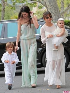 Photos - Kourtney Kardashian and Her Kids Attend Church on Easter Sunday With Mom Kris and Sisters Kendall and Kylie - 1 - Celebuzz
