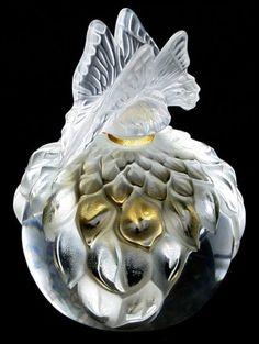 Perfume bottle by René Jules Lalique