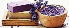 Aprenda cómo hacer sales de baño aromáticas caseras http://www.infotopo.com/salud/terapias-alternativas/como-hacer-sales-de-bano-aromaticas-caseras/