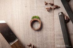 Women's Wood Ring With Grass