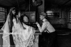 #FrauGlückundHerrLich  #Hochzeitsreportagen #hautecouture   #femme  #beauty  #makeup   #mode  #fashion #IndustrialWedding #FrauGlückundHerrLich #Hochzeitsreportagen #paarshooting #Berlin #trilby #vintage #20s