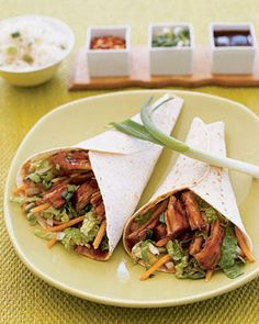 Recipe for Moo Shu Pork Wraps - Moo Shu Pork Wraps make an exotic appetizer or party food. Combine rich fragrance and variety of textures. Savor every bite of this Chinese cuisine food. Wrap Recipes, Pork Recipes, Slow Cooker Recipes, Asian Recipes, Crockpot Recipes, Dinner Recipes, Cooking Recipes, Healthy Recipes, Ethnic Recipes