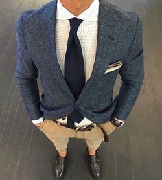 What are the three basic looks that every man needs to master?