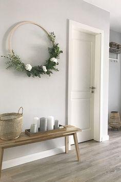 Mit Sitzbänken in moderner Optik lässt sich der Platz in der Küche sowie im Esszimmer prima ausnutzen. Zudem punkten sie durch ihren individuellen Stil, egal ob sie in der Diele oder im Wohn-Ess-Bereich stehen.  (Bild via Instagram: frau.wohnsache)
