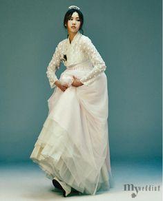 MYWEDDING 전통 요소를 현대적으로 재해석해 다양한 아름다움을 창조하는 진주상단 전통, 현대와 조우하다