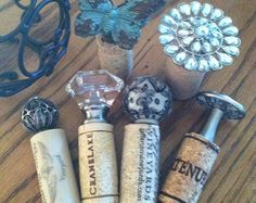 Ceramic BOTTLE STOPPERS and Cork by Manomissioni on Etsy Wine Craft, Wine Cork Crafts, Bottle Cap Crafts, Diy Bottle, Wine Bottle Corks, Bottle Stoppers, Wine Cork Projects, Craft Projects, Wine Cork Art
