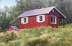 Holiday home Tingvatn Lokeli Hyttegrend Nr. II Tingvatn Situated in Tingvatn in the Vest-Agder Region, this holiday home is 48 km from Kristiansand. It provides free private parking.  The kitchen features a fridge. There is a private bathroom with a bath or shower.