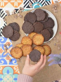 Moscovitas®   La guinda Florinda Sweet Recipes, Healthy Recipes, Batch Cooking, No Bake Treats, Canapes, Fondant Cakes, Sin Gluten, Biscuits, Sweets