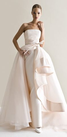 Characterized by luxurious fabrics, unconventional colors, unique detailing and silhouettes, the latest bridal collection of Antonio Riva wedding dresses is bold, creative and modern. Take a look and happy pinning! Dresses Elegant, Stunning Wedding Dresses, Designer Wedding Dresses, Beautiful Gowns, Bridal Dresses, Wedding Dress Styles, Gorgeous Dress, Bridal Collection, Dress Collection