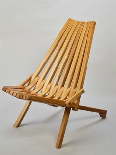 Items similar to Gorgeous Mid century danish modern Teak wood folding chair on Etsy Outdoor Wood Furniture, Teak Furniture, Outdoor Chairs, Bespoke Furniture, Adirondack Chairs, Wooden Chair Plans, Wooden Folding Chairs, Danish Modern, Patio Chair Cushions