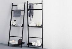 Leiter als Handtuchhalter für die Küche neben den Kphlschrank - da kann man evtl auch etwas anderes noch dran hängen/drauf stellen.