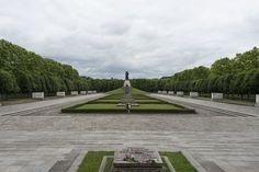 treptow park soviet statue