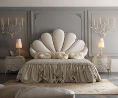Classic Interior Design - Home Decorating Modern Luxury Bedroom, Luxury Bedroom Furniture, Luxury Bedroom Design, Bedroom Bed Design, Room Ideas Bedroom, Home Room Design, Bed Furniture, Luxurious Bedrooms, Home Decor Bedroom