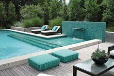 Turquorise pool color