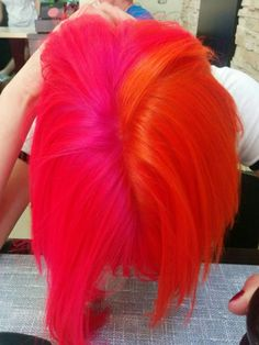 Florescent Pink And Orange Hair, Pink Ombre Hair, Neon Hair, Hair Color Pink, Yellow Hair, Short Bob Hairstyles, Cool Hairstyles, Beautiful Hairstyles, Vibrant Hair Colors