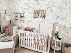 We love this farmhouse style crib paired with the delicate floral wallpaper! Editor's Note: This crib is styled for a photograph. Babies sleep safest in an empty crib with only a tight-fitting crib sheet. 📸: @kelleynicole0416 White Nursery, Floral Nursery, Baby Nursery Decor, Project Nursery, Girl Nursery, Nursery Ideas, Blankets And Beyond, Crib Sheets, Room Themes