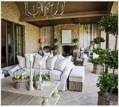 Such a comfy & cozy patio.