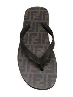 #fendi #shoes #sandals #flipflop #man #summer #sales www.jofre.eu