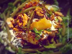 Babettes gæstebud.: Green beans and rocket salad with walnuts, Feta ch...