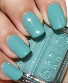 I love this color.