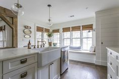 Farmhouse Kitchens P