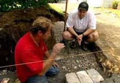 In this how-to video, This Old House landscape contractor Roger Cook uses manufactured block to create an attractive retaining wall Backyard Swings, Sloped Backyard, Sloped Garden, Backyard Seating, Patio, Landscaping Retaining Walls, Front Yard Landscaping, House Landscape, Landscape Design