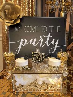Top Awesome Great Gatsby Party Decoration Ideas Top Super tolle Gatsby Party Deko-Ideen – OOSILE This image has. Moms 50th Birthday, 70th Birthday Parties, 50th Party, Birthday Signs, 60th Birthday Ideas For Mom Party, Grandpa Birthday, Gold Birthday Party, Birthday Table, Birthday Crafts