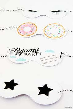 Pyjama Party Invitations free printables for a sleepover!