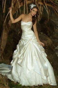 91f236c4dae Roz La Kelin - Strapless - Ivory - Size 10 wedding dress for sale in Narre