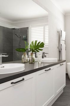 When it comes to creating a dream home, especially for a first-time builder, it can feel like a daunting task. But home building need not be an ordeal. Dark Bathrooms, Ensuite Bathrooms, Beautiful Bathrooms, Laundry Decor, Laundry In Bathroom, Bathroom Styling, Bathroom Interior Design, Laminate Benchtop, Shower Walls