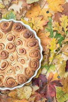 skořicové šneky skořice šnek cinnamon bun roll kanelbulle