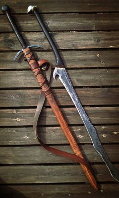 I just Have to forge some new stuff some day again, its been way to long. But this is i picture of my orcish greatsword and my longsword I have made. Longsword n Orcish Greatsword Swords And Daggers, Knives And Swords, Holster, Cool Swords, Survival, Medieval Weapons, Weapon Concept Art, Cool Knives, Pretty Knives