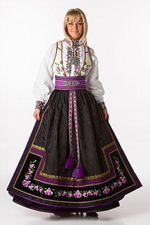 Norwegian dress,so pretty in purple tones Folk Costume, Costume Dress, Costumes, Norway Culture, Norwegian Clothing, Frozen Costume, Scandinavian Fashion, Lace Homecoming Dresses, Ethnic Fashion