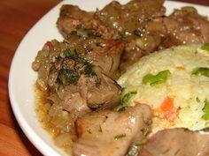 Hagymás csirkemáj Liver Recipes, Meat Recipes, Chicken Recipes, Cooking Recipes, Loaded Baked Potatoes, Hungarian Recipes, Pot Roast, Main Dishes, Bacon