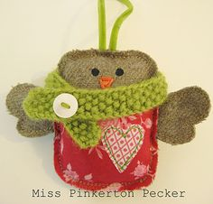 Cute Robin Ornament....<3