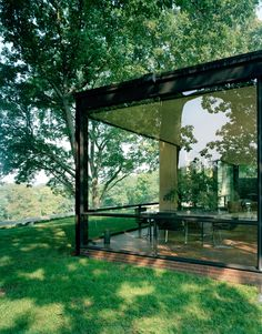 Glass House | New Canaan, Connecticut | Philip Johnson | photo by Eirik Johnson