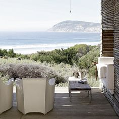 Est Magazine | #summergetaways | Micky Hoyle's South African Beach House Photographed by Micky Hoyle for House and Leisure