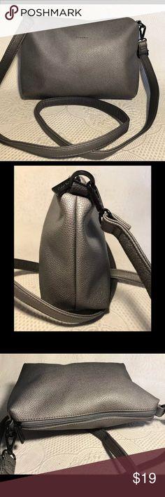 3e4f30aa39ab PIXIE MOOD gray vegan ombré crossbody handbag PIXIE MOOD gray ombré crossbody  handbag. Grainy vegan