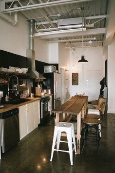 Tabourets cuisine industriel vintage noir bois d co industrielle industri - Bar le loft montreal ...