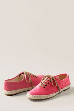 Lands' End Canvas Women's Espadrille Oxford.. very casual & I can definitely see myself wearing these.